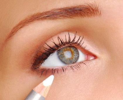 como-aumentar-olhos-pequenos-com-maquiagem